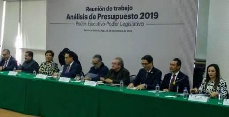 Diputados y gobierno diseñarán presupuesto austero, incluyente, reorientado y realista , Ricardo Baptista