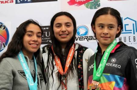 El CEAR se proclamó campeón de la décima Copa Hidalguense de Natación