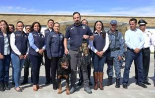 Entregan estímulos y reconocimientos a policías estatales de Hidalgo destacados4