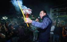 Gobernador Omar Fayad acude al tradicional encendido de velas al Ánima Sola4