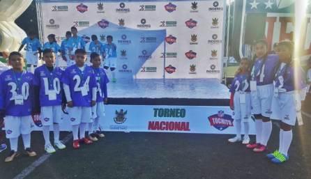 Hidalgo se presenta Nacional Escolar de Tochito Bandera3