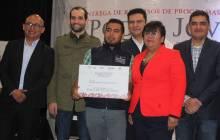 Imjuve y Sedeso entregaron más de medio millón de pesos en favor de la juventud hidalguense2