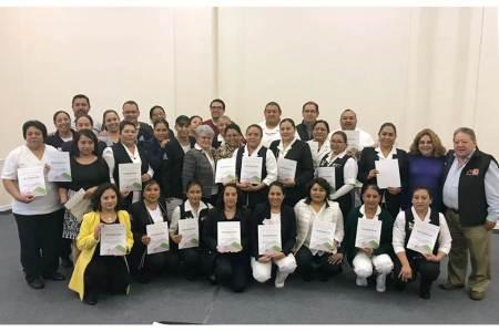 Impulsan profesionalización de las parteras en Hidalgo