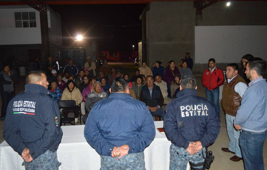 Mantiene Policía Estatal acercamiento en localidades de Mineral de la Reforma1