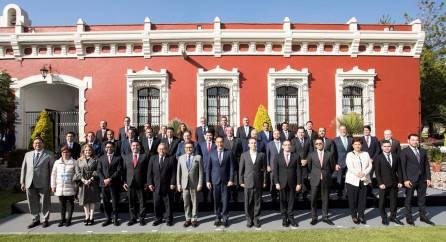 Omar Fayad presenta agenda de desarrollo económico de los estados para el nuevo gobierno federal8