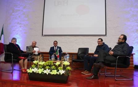 Organizan alumnos de maestría jornada empresarial en UAEH1