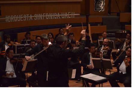 Orquesta sinfónica celebra a Radio UAEH Pachuca