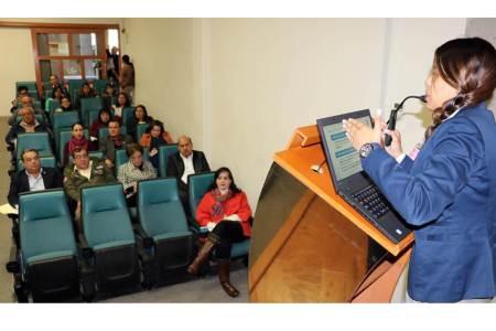 Profesional de la SCJN imparte diplomado sobre derechos humanos2