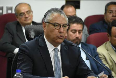 Raúl Arroyo González, procurador general de Justicia en Hidalgo, comparece ante la Comisión de Seguridad Ciudadana y Justicia de la LXIV Legislatura