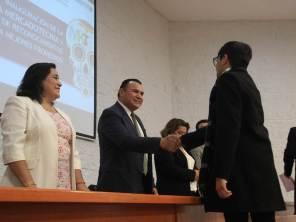 Reconocimiento en UAEH a profesores y alumnos destacados3