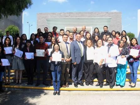 Reconocimiento en UAEH a profesores y alumnos destacados4