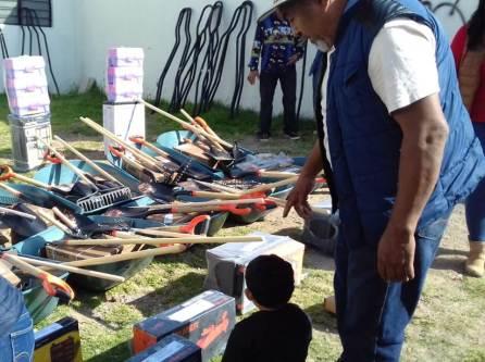 Sedeco de Mineral de la Reforma, realiza entrega de paquetes de herramientas a bajo costo4