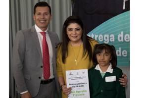 Victoria Ruffo encabeza entrega de becas y equipamiento para Centros de Atención a Menores y Adolescentes en Riesgo