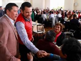 Anuncia Israel Félix Soto beneficios para burócratas3