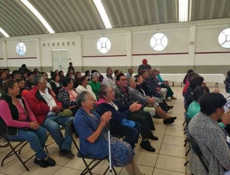 Benefician a más de 500 personas con tarjetas INAPAM en Santiago Tulantepec2.jpg