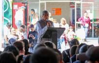 Gabriel García Rojas entrega estímulos a la educación3