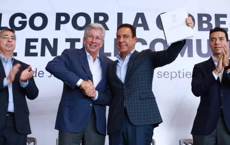 Plantea gobernador Omar Fayad proyectar a Hidalgo como el estado mejor conectado del país1
