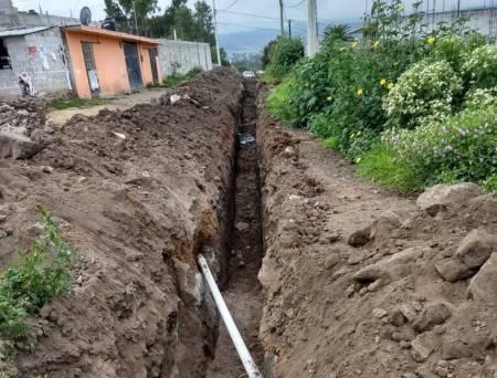Amplían redes de agua potable en Santiago Tulantepec2.jpg