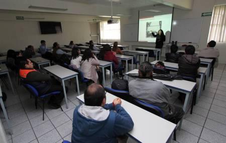 Matemáticos se reúnen en UAEH2.jpg