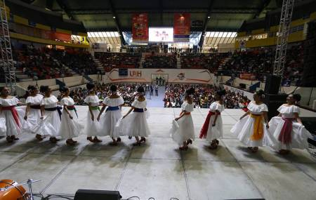 Presenta UAEH última semana de actividades culturales del año