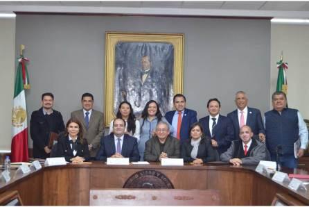Presidente de la CDHEH se reúne con diputados de la LXIV Legislatura del Congreso del Estado