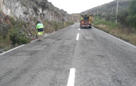 SOPOT realiza trabajos en la carretera Vicente Guerrero – San Juan Tepa.jpg