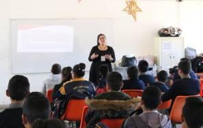 """adolescentes en santiago tulantepec participan en jornada de """"concientización de conductas de riesgo"""" 1"""