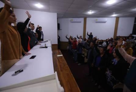 avala ayuntamiento revocación de dictamen para reglamentar comercio en la vía en mineral de la reforma 3