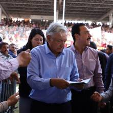el presidente de méxico reconoce el trabajo del gobierno de hidalgo2