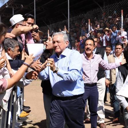 el presidente de méxico reconoce el trabajo del gobierno de hidalgo3