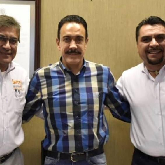 omar fayad sostiene reunión de trabajo con dirigentes del snte3