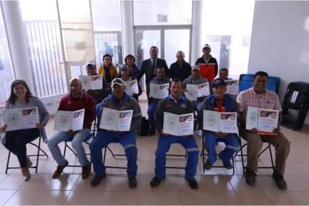 se certifican trabajadores municipales en conducción de vehículos oficiales en mineral de la reforma2
