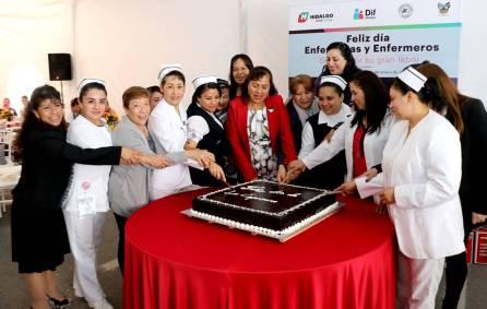 titular de dif hidalgo encabeza festejo del día de la enfermera2