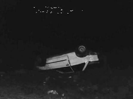Accidente entre par de vehículos deja dos personas gravemente lesionadas