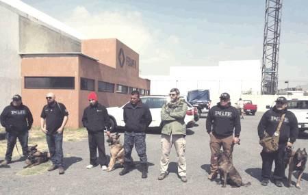 Certifican a perros policía de la SSPH en congreso internacional1