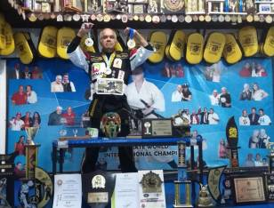 Conquista Hugo Puentes campeonatos internacionales en artes marciales1