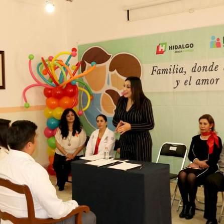 Consejo Técnico de Adopciones elige a par familias para proteger a dos bebés2