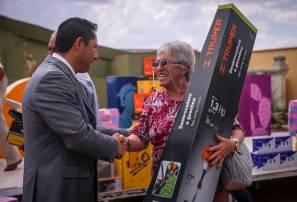 Encabeza Raúl Camacho 5ta entrega de paquetes de herramientas en Mineral de la Reforma1