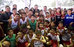 Entrega Israel Félix obras deportivas y socioculturales3