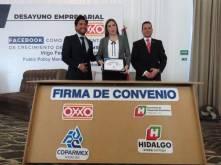 Firman titular de SEDECO y Grupo OXXO convenio para impulsar la comercialización de productos hechos totalmente en Hidalgo3