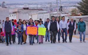 Inaugura Raúl Camacho importante obra de pavimentación en el Fracc San Ángel2