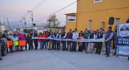 Inaugura Raúl Camacho importante obra de pavimentación en el Fracc San Ángel4