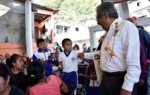Inaugura titular de SEPH Escuela Primaria en Huehuetla3