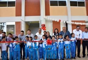 Inaugura titular de SEPH Escuela Primaria en Huehuetla5