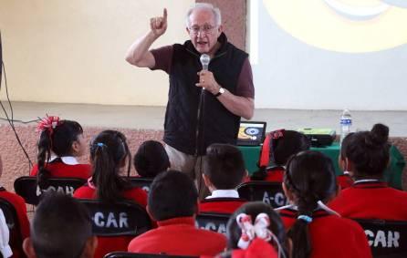 Lleva UAEH programa Domingos en la Ciencia a pequeños de primaria1