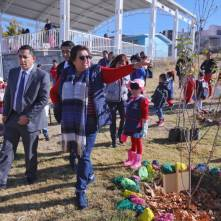Raúl Camacho entrega diversos apoyos a escuelas de Mineral de la Reforma 2