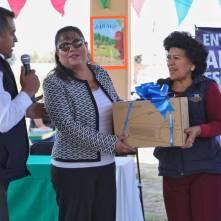 Raúl Camacho entrega diversos apoyos a escuelas de Mineral de la Reforma 4