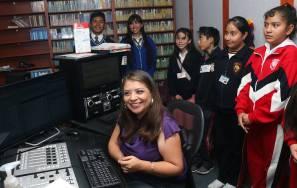 Radio Universidad abre sus puertas a niños1