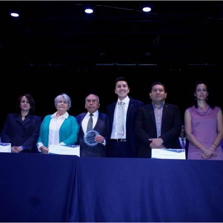 Reconoce contraloría a Luciano Lomelí Gaitán como servidor público integro