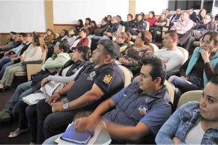 Se capacitan funcionarios de Mineral de la Reforma sobre derechos de las niñas, niños y adolescentes2